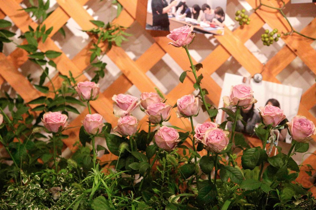 薔薇の祭壇