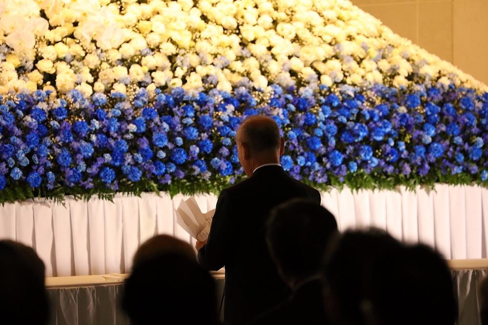 社葬と一般的な葬儀の違い、自由なスタイルの社葬とは?